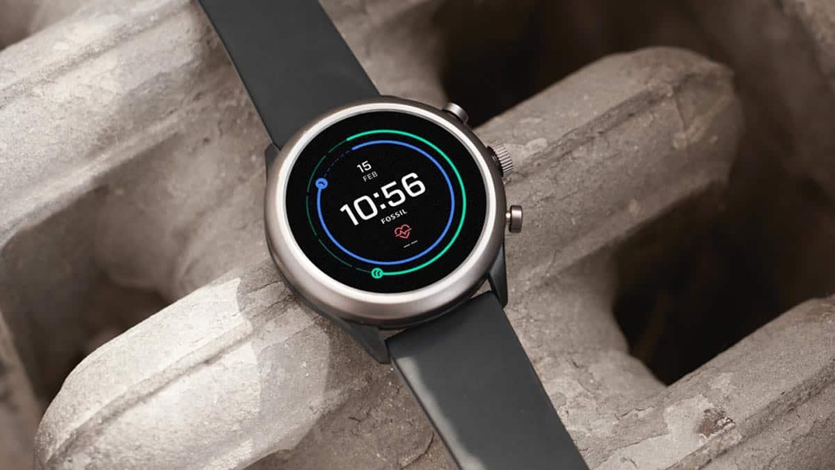 Nadčasové smart hodinky Fossil s viacerými funkciami