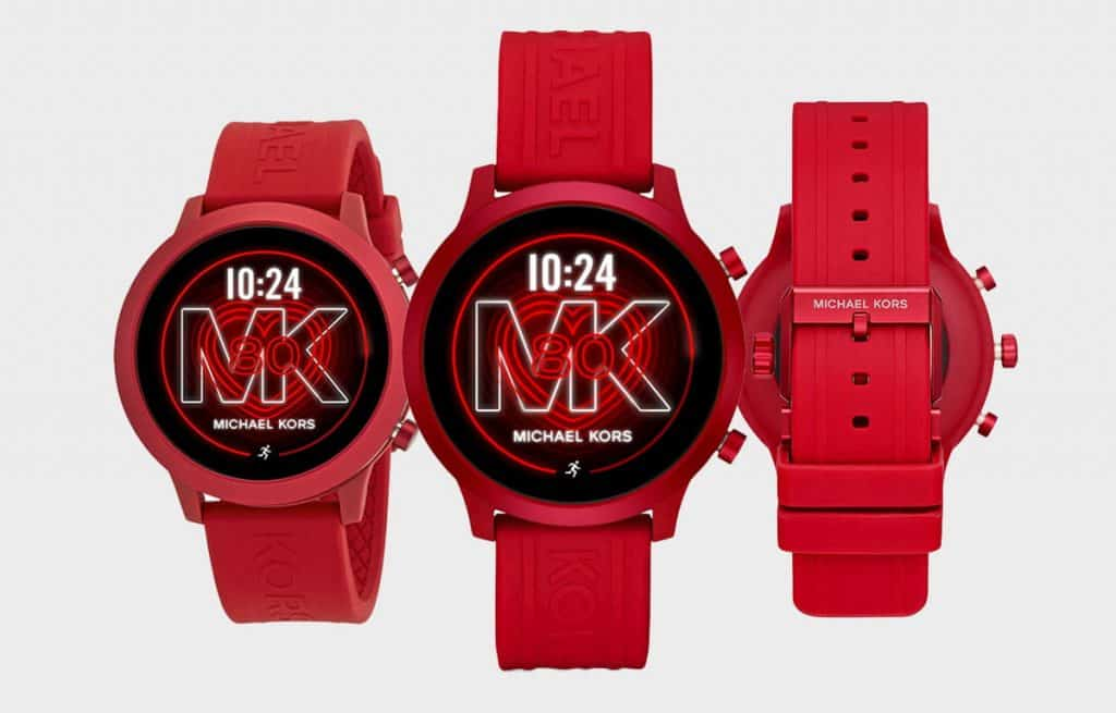 Červené smart hodinky Michael Kors z edície MKGO