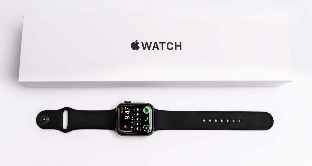Apple Watch SE - middle class smart hodiny vhodné aj pre náročnejších užívateľov